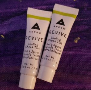 💜 3 for $25💜Arrow Revive Cooling Cheek Tint Brry